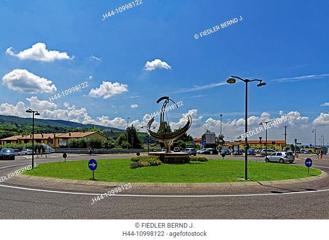 Traffic, roundabout, sundial, street view