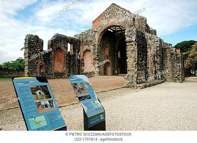 Ciudad de Panamá Panama: Panamá la Vieja also Panamá Viejo, the ruins of Convento de la Concepción