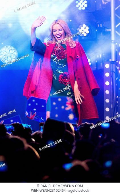 Oxford Street Christmas Lights switch on. Featuring: Kylie Minogue Where: London, United Kingdom When: 01 Nov 2015 Credit: Daniel Deme/WENN.com