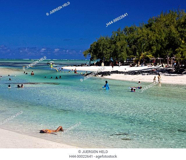 Ile aux Cerf , Lagoon , dream beach, people, girl sunbathing, Mauritius, Indian Ocean, Africa