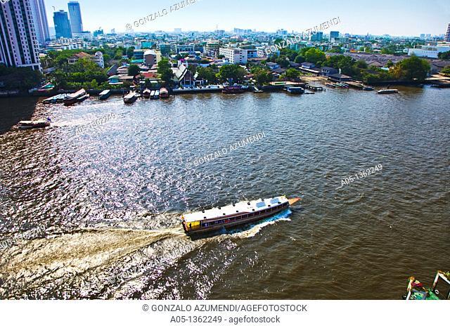 Mae Nam Chao Phraya river  Bangkok  Thailand  Asia