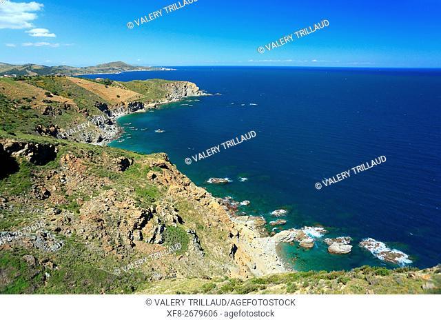 Coastal landscape of the Cote Vermeille, Pyrenees orientales, Languedoc Roussillon, France