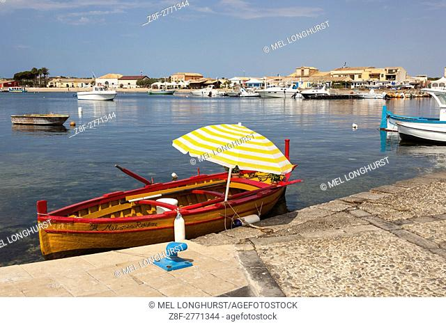 Marzamemi harbour and town, Marzamemi, Sicily, Italy
