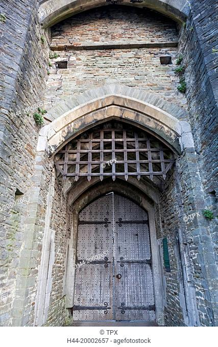 Wales, Glamorgon, Caerphilly, Caerphilly Castle, Entrance Doors