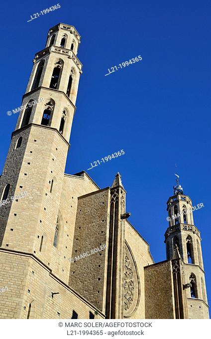 Santa Maria del Mar church. West facade. Catalan gothic style. Built between 1329 and 1383 by Berenguer de Montagut and Ramon Despuig