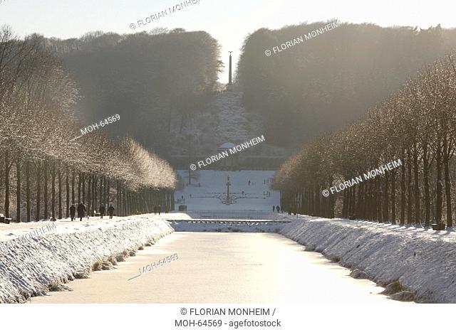 Kleve, Amphitheater mit Ceres-Tempel und Obelisk im Winter