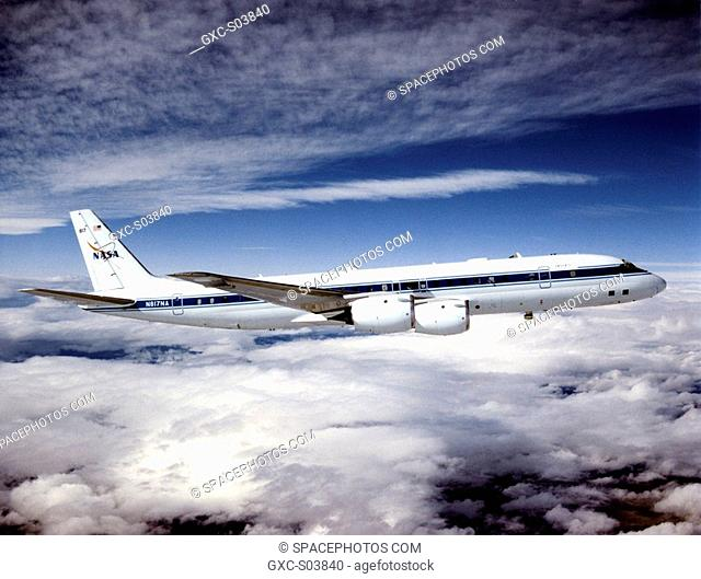 Nasa dc 8 flying Stock Photos and Images | age fotostock