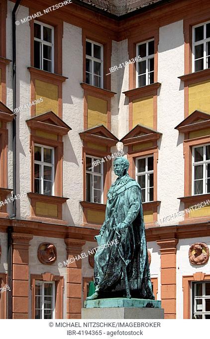 Statue of Maximilian II. King of Bavaria, Altes Schloss or Old Castle, Bayreuth, Upper Franconia, Bavaria, Germany