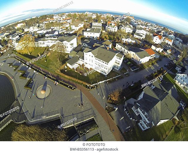 aerial view to Binz and Schmachter See lakefront, Germany, Mecklenburg-Western Pomerania, Ruegen, Ostseebad Binz