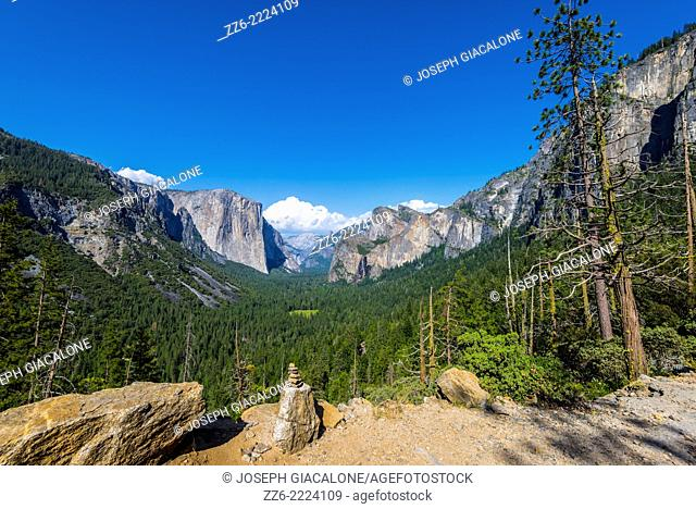 Yosemite Valley, El Capitan, and Half Dome viewed from Artist Point. Yosemite National Park, California, United States