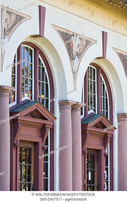 USA, New York, Hudson Valley, Saratoga Springs, building detail