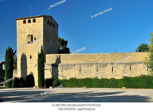 The castle of Milmanda, an ancient Cistercian Order farm