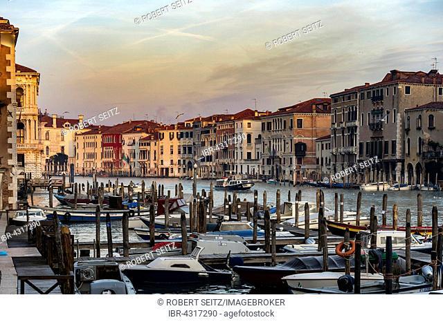 Grand Canal with boats, morning light, Venice, Veneto, Italy