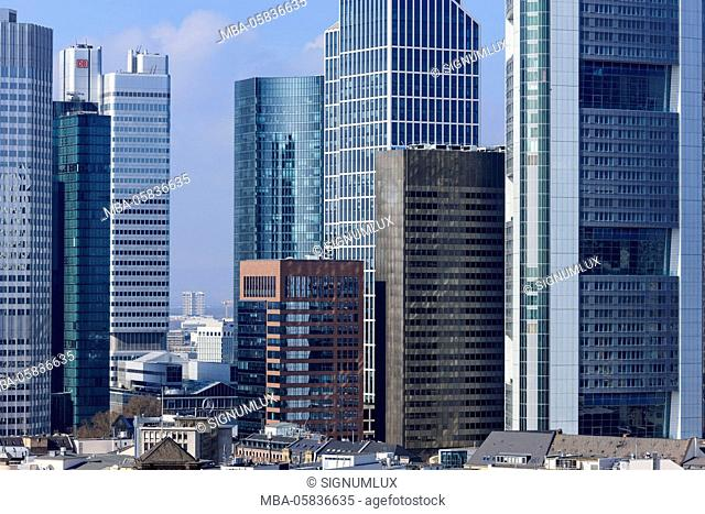 Europe, Germany, Hessia, Frankfurt, financial district, skyline with the high rises eurotower, Gallileo, silver tower, Skyper, Taunus tower, K26 and Commerzbank