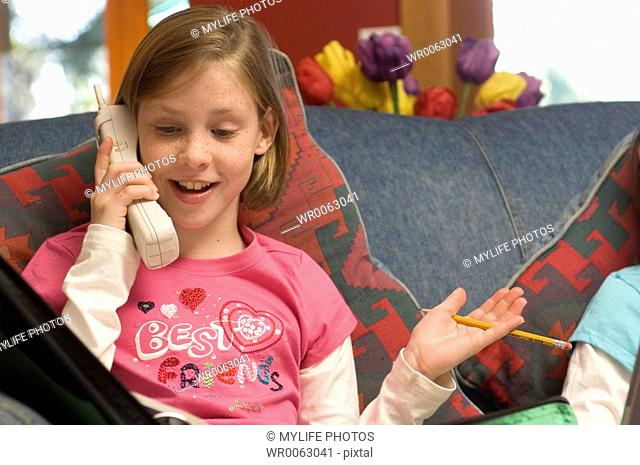 friends on phone