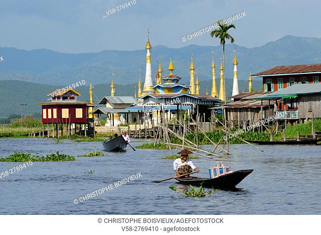 Myanmar, Shan State, Inle Lake, On the way to Kyaung Taung village