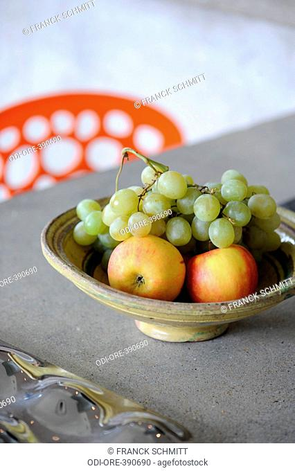 Salad bowl fruits