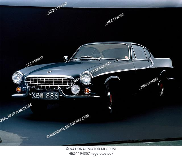 A 1962 Volvo P 1800S. When production of the P 1800 was transferred from England to Sweden the name changed to P 1800S. Both the models were featured in the TV...