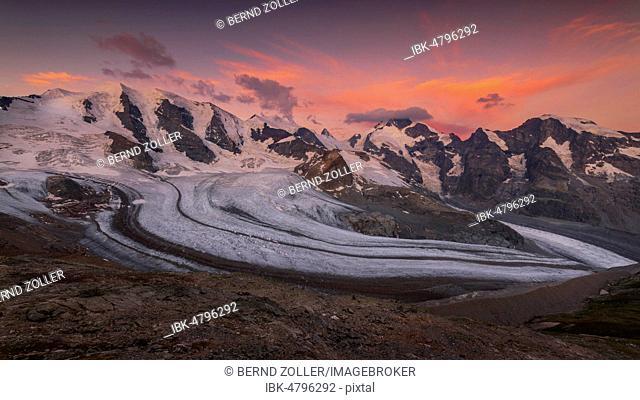 Panoramic view of the Bernina Group at dawn, Piz Palü, Bellavista, Crast Agüzza, Piz Bernina, Piz Morteratsch, Pers Glacier, Morteratsch Glacier, Diavolezza
