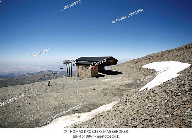 Ski lift, Sierra Nevada National Park, Pico del Veleta, 3384m, Andalucia, southern Spain, Europe