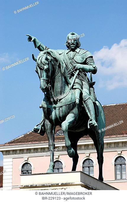 Equestrian monument Elector Maximilian I from Bertel Thorvaldsen 1830 to 1836 Wittelsbacher Platz Munich Muenchen Upper Bavaria Germany