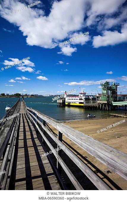 USA, Maine, Portland, Casco Bay, Peaks Island, harbor and ferry landing