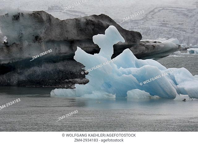 Icebergs floating in the Jokulsarlon glacier lagoon in southeast Iceland, on the edge of Vatnajökull National Park