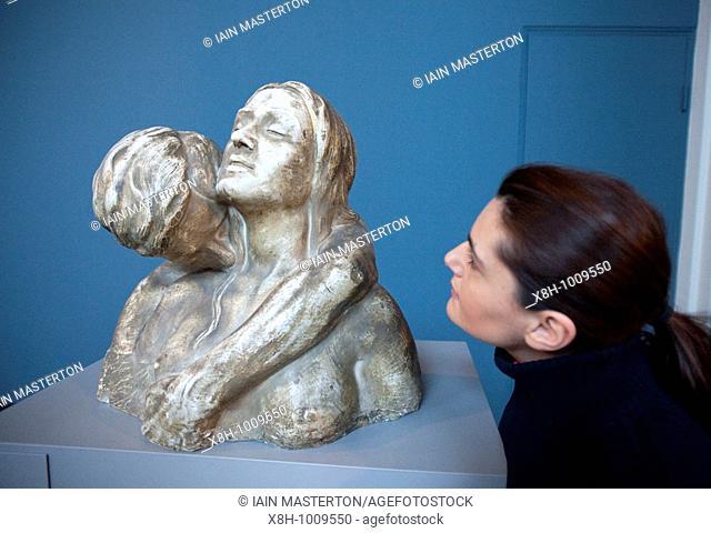 Instinct The Kiss by Kai Nielson at Ny Carlsberg Glyptotek Museum Copenhagen