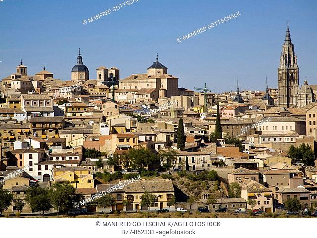 Spain, Castile-La Mancha, Toledo, view of the old quarters, a world heritage site with palaces, fortresses, churches, mosques and synagogues