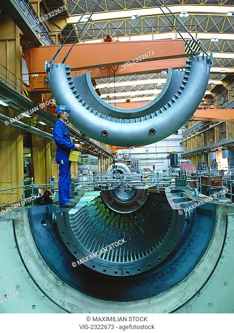 AssEMBLY OF A GAS TURBINE FOR PRODUCTION OF ELECTRIC POWER - 01/01/2010