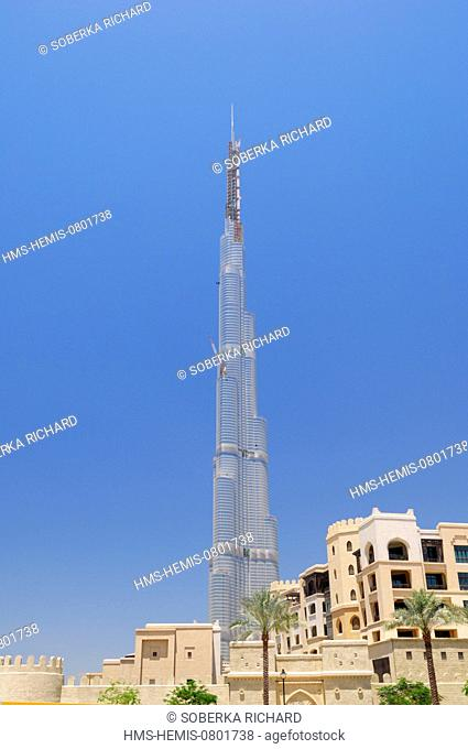 United Arab Emirates, Dubai emirate, Downtown Burj Khalifa, The Burj Khalifa is the highest skyscraper in the world with 828m high by the architect Skidmore