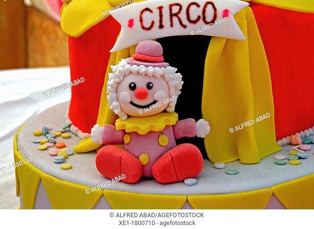 fondant cake, circus, food