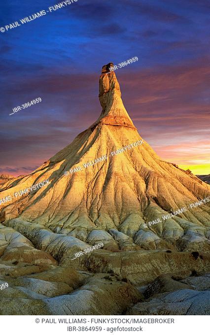 Castildetierra rock formation, Bardena Blanca, Bardenas Reales, UNESCO biosphere reserve, Navarre, Spain