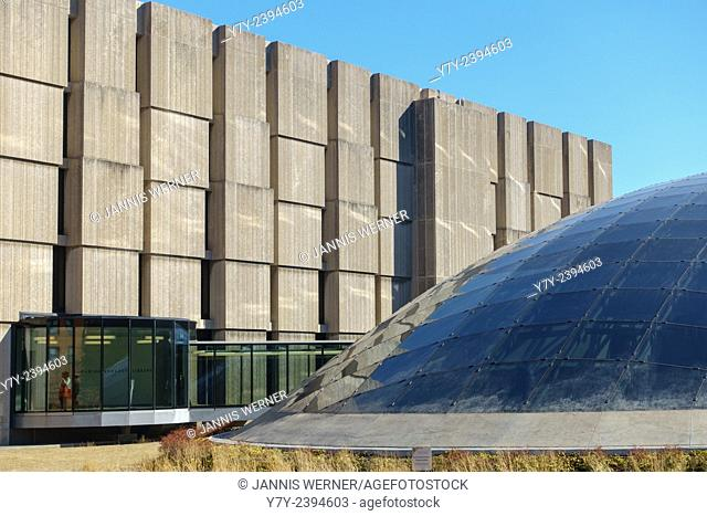 The Regenstein and Mansueto libraries at the University of Chicago in Chicago, IL, USA