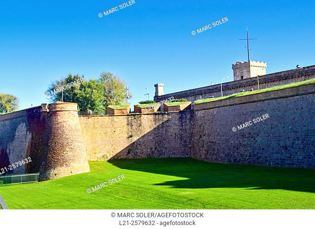 Montjuic castle. Old military fortress, with roots dating back from 1640, currently serving as a Barcelona municipal facility, built on top of Montjuïc hill