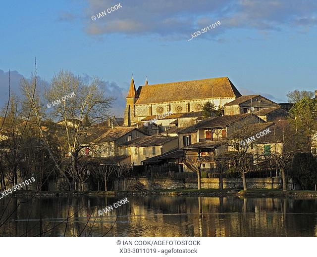 Lauzun Lake and St. Etienne Church, St. Etienne Church, Lauzun, Lot-et-Garonne Department, Aquitaine, France