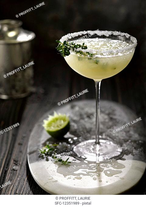 A margarita with crushed ice