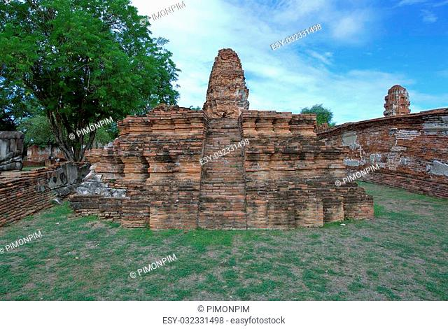 AYUTTHAYA-THAILAND : 9 August 2015 Stupa at Wat Mahathat. Ayutthaya A temple in Ayutthaya historical park. Wat Mahathat temple is of paramount importance in...
