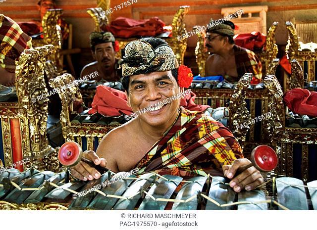 Indonesia, Bali, Batubulan Village, Barong Dance, Gamelan Musician
