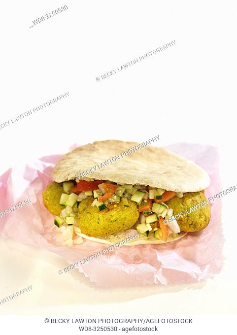 bocadillos del mundo: falafel, oriente proximo. cerrado