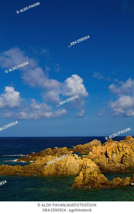 Cala Rossa, sea and red rocks, Isola Rossa, Sardinia, Italy
