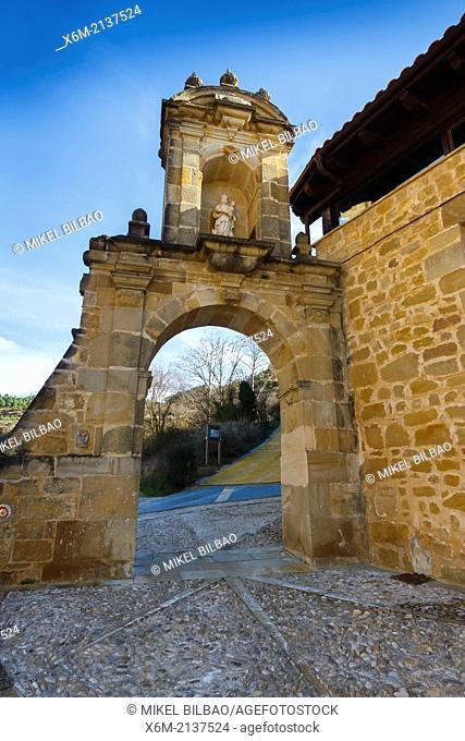 Toloño arch. El Santo Cristo medieval chapel. Labastida. Rioja Alavesa. Alava, Basque Country, Spain, Europe