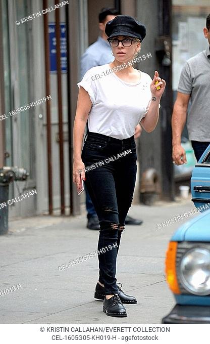 Lady Gaga out and about for Celebrity Candids - FRI, , New York, NY August 5, 2016. Photo By: Kristin Callahan/Everett Collection