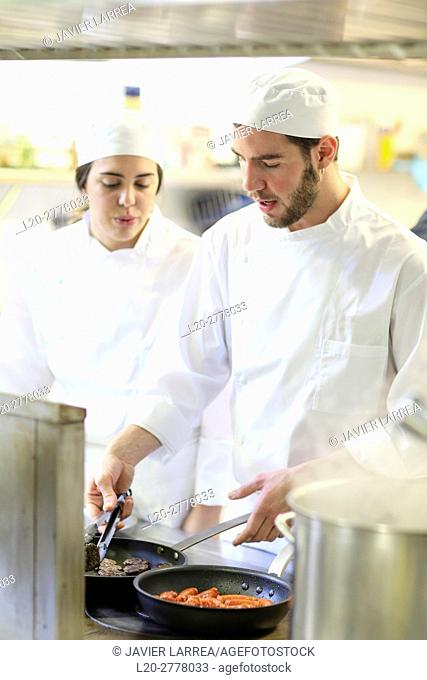 Chefs, Cooks in cooking school, Cuisine School, Donostia, San Sebastian, Gipuzkoa, Basque Country, Spain, Europe