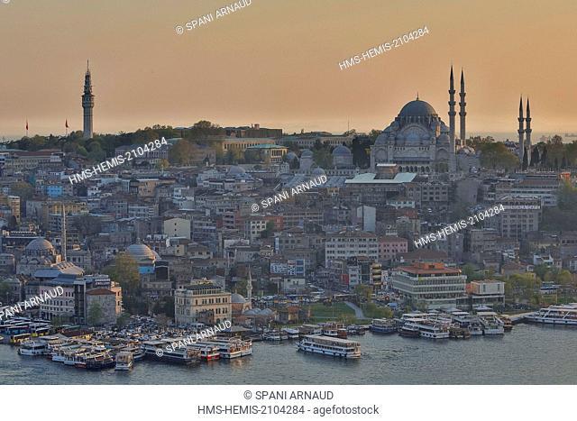 Turkey, Istanbul, historical centre listed as World Heritage by UNESCO, Suleymaniye District, Suleymaniye Camii (Suleymaniye Mosque) built by architect Mimar...