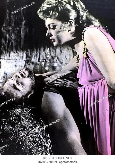Steve Reeves, Sylva Koscina Hercules (Steve Reeves), Jole (Sylva Koscina) *** Local Caption *** 1957, Fatiche De Ercole, Le