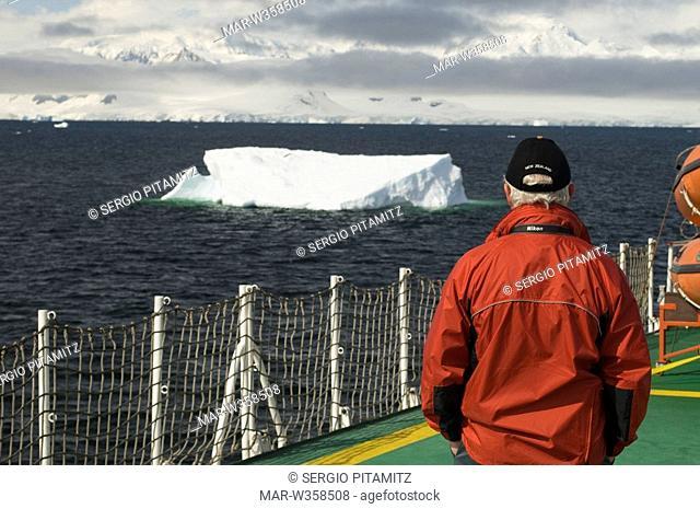 Antarctica, Antarctic Peninsula, Lemaire Channel, MR