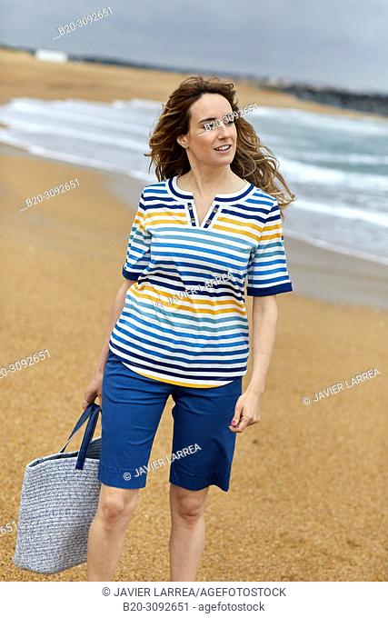 Woman, Plage de la Barre beach, Anglet, Biarritz, Atlantic Pyrenees, France, Europe