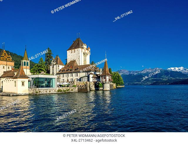 Oberhofen Castle on Lake Thun, Bernese Oberland, Canton of Bern, Switzerland, Europe