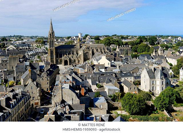 France, Finistere, Saint Pol de Leon, Notre Dame du Kreisker Chapel, view of the Cathedral from the 78 m high clocktower